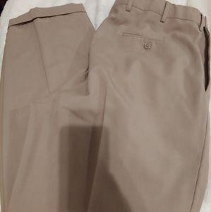 Joseph A Bank golf pants light brown. 38 x 32